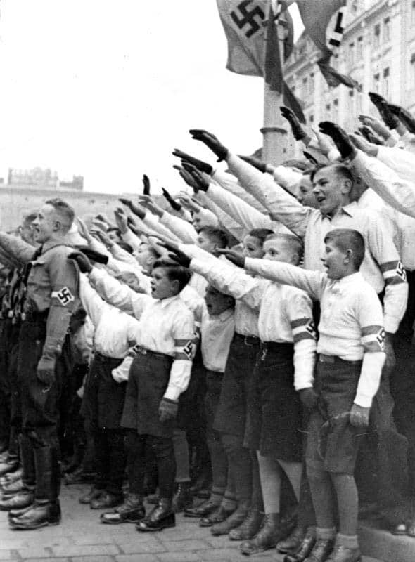 juventudes hitlerianas saludo
